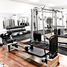 For when the hills aren't enough of a workout. - Home Sweet Home - Home Gym Dream Home Gym, Gym Room At Home, Home Gym Decor, Home Decor Bedroom, Home Gym Design, Dream Home Design, House Design, Home Made Gym, Black Bedroom Design