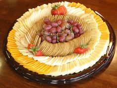 A purchased cheese-deli platter. Not bad. Cheese And Cracker Platter, Meat Cheese Platters, Deli Platters, Deli Tray, Meat Trays, Cheese Fruit, Meat And Cheese, Fingerfood Party, Party Trays