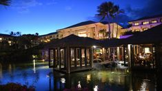 Tidepools at the Grand Hyatt in Kauai gave us our most romantic dining experience yet. The beautiful Hawaiian island is perfect for a romantic night out. Maui Hawaii, Oahu, Kauai Things To Do, Kauai Restaurants, Grand Hyatt Kauai, Trip To Maui, Best Shave, Tide Pools, Best Places To Eat