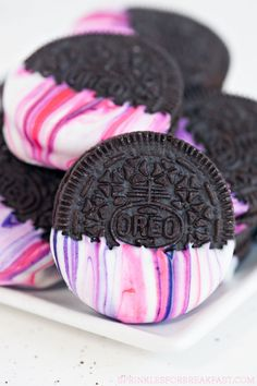 Make these with oreos with a vanilla cookie! : )