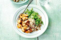 Paddenstoelenstroganoff met rijst Mug Recipes, Veggie Recipes, Mushroom Stroganoff, Good Food, Yummy Food, Cheap Dinners, Meatless Monday, Pasta Salad, Risotto