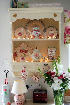 Mixed Emma Bridgewater wall dresser