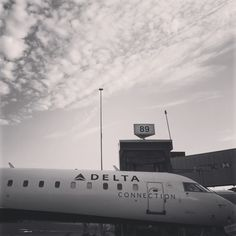 Leaving sunny Montreal for rainy Minneapolis // Thank you #Delta for making this trip possible! #startup #socialgood #philanthropy #riseconf #blackandwhite #bw #monochrome