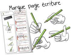 Marque page sur la tenue du stylo et la taille des lettres cursives
