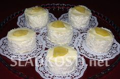 Kokosové dortíky s ananasem