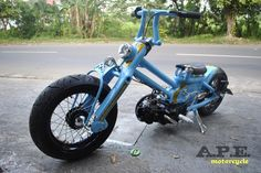 Custom Cub by Yuza Fumi of A. Kustom Motorcycle from Cirebon, a city in the provence of West Java (Indonesia). Not a single part of t. Motos Honda, Honda Bikes, Honda Motorcycles, Custom Motorcycles, Custom Bikes, Honda Cub, Mini Bici, Moto Quad, Motos Retro