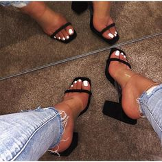 Womens Summer Shoes, Womens High Heels, Thick Heels, Chunky Heels, Penny Lane, Frauen In High Heels, Transparent Heels, Open Toe Sandals, Jelly Shoes