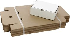 Courier Carton (Mailer Style) - 220 x 157 x 75 - Super Cheap Boxes Cardboard Play, Used Cardboard Boxes, Packing To Move, Packing Tips, Packaging Supplies, Box Packaging, Moving Boxes, Packing Boxes