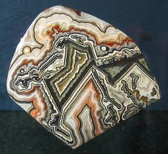 Another very good crazy lace cab I purchased from Chacon's in El Paso, about 10 years ago. Minerals And Gemstones, Crystals Minerals, Rocks And Minerals, Stones And Crystals, Beautiful Rocks, Cool Rocks, Rock Hunting, We Will Rock You, Rock Collection