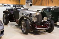 After tracking down five Bentley motors, Jay decided to build his very own British hot rod, in the spirit of W.'s Bentley . Bentley Motors, Twin Turbo, Dream Cars, Super Cars, Jay, Antique Cars, Classic Cars, Twins, Garage