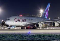 Qatar Airways Airbus A380-861