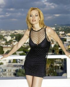 Star Trek Voyager Actress Jeri Ryan Might Possible Be the Hottest Borg Ever! Jeri Ryan, Beautiful Celebrities, Most Beautiful Women, Beautiful Things, All Jeans, Star Wars, Star Trek Voyager, Hollywood, Bikini Pictures