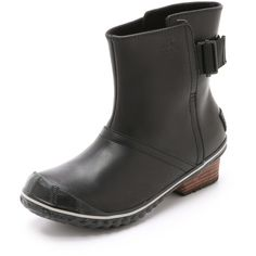 Sorel offers a refined take on classic rain boots, rendering these in oiled leather. An adjustable webbed strap cinches the split shaft, and a textured cap wra…
