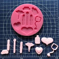 Cake and Candy Decorating supplies Resin Molds, Silicone Molds, Fondant Tools, Fruits For Kids, Tool Cake, Fruit Slice, Cake Decorating Supplies, Chocolate Molds, Chocolate Fondant