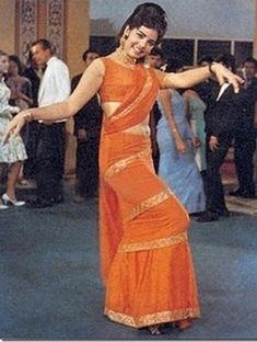 The-Orange-Mumtaz-Saree.jpg 650×862 pixels