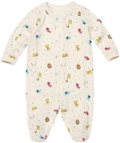 These cool unisex baby footed romper is created in ultra soft organic cotton, has a friendly mini zoo design & makes a trendy newborn baby or baby shower gift. Boys Summer Shirts, Summer Boy, Trendy Baby Clothes, Baby Feet, Unisex Baby, Cool Baby Stuff, All Brands, Boy Outfits, Organic Cotton