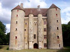 Château de Chenevon (Bourgogne france) www.pont-roche.com
