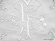 Articles vendus > Linge ancien de lit > LINGE ANCIEN /Très beau drap avec magnifique travail de broderie et monogramme fleuri ML sur toile de lin fin - Linge ancien - Passion-de-Blanc - Textiles anciens