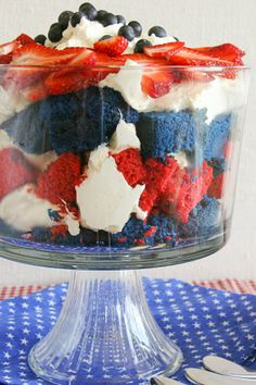 Make the Most of This Recipe With Tips From The Betty Crocker® Kitchens Keep trifle refrigerated until ready to eat. Cover and refrigerate any remaining trifle. If serving for a dinner party or a smaller group, serve in individual trifle dishes. Red Cake, Blue Cakes, 4th Of July Party, Fourth Of July, Cupcakes, Cupcake Cakes, 4th Of July Desserts, Patriotic Desserts, Trifle Recipe