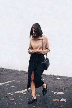 Fashion Style - Streetwear - Outfits - Womenswear - Navy Linen Wrap Midi Skirt - Camel Pulllover - Black Leather Menswear Mule - Black Leather Bag