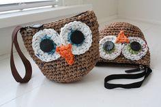 #plarn owl wristlets by Emily Lindberg, => tutorial
