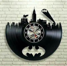 Batman Arkham City Logo_Exclusive wall clock made of vinyl record_GIFT_DECOR - Batman Decoration - Ideas of Batman Decoration - Batman Arkham City, Im Batman, Gotham City, Batman Stuff, Batman Art, Batman Robin, Superman, Vinyl Record Clock, Vinyl Records