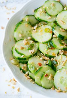 Crunchy Thai Cucumber Salad is cool and crisp, with a slightly sweet and spicy dressing. This goes perfectly with grilled chicken, fish or steak! Corn Salad Recipes, Cucumber Recipes, Juicer Recipes, Spinach Strawberry Salad, Spinach Salad, Sweet Chili, Sweet And Spicy, Oven Baked Chicken, Grilled Chicken