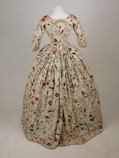 1770 (back view)Killerton Fashion Collection © National Trust / Sophia Farley and Renée Harvey