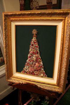 I want to make a vintage jewelery Christmas tree