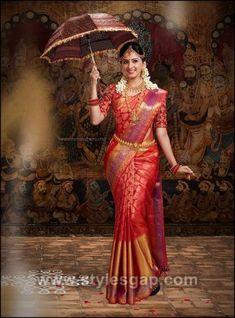 South Indian Bride wearing Silk Saree and Holding the Umbrella. Bridal Sarees South Indian, Wedding Silk Saree, Indian Bridal Outfits, Indian Bridal Fashion, Indian Bridal Wear, Bridal Dresses, South Indian Bride Jewellery, South Indian Weddings, South Indian Makeup