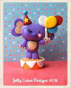 elephant cake topper by jelly beads, via Flickr