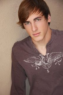Kendall Schmidt is one of our top men under 30 this week! Play Kendall Schmidt on CelebHookup now at http://vip.celebhookup.com/play/celebrity/51707dbb9e5252883c0e1627 #KendallSchmidt #Hunkoftheday #CelebHookup