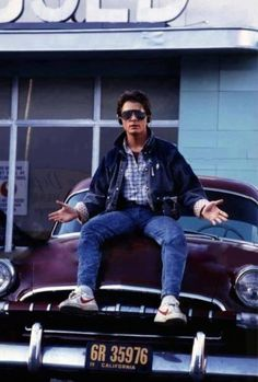 Michael J. Fox as Marty McFly in Back to the Future Iconic Movies, Old Movies, Classic Movies, Latest Movies, Marty Mcfly, The Future Movie, Back To The Future, Movies Showing, Movies And Tv Shows