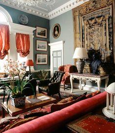 European Home Decor, Classic Home Decor, Easy Home Decor, Home Decor Trends, Decor Ideas, Country Interior Design, Interior Design Boards, Porches, English Country Decor