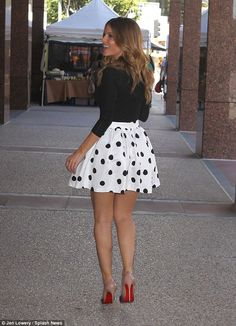 Dotty about fashion! Stylish Maria Menounos shows legs in spotted mini Red Stiletto Heels, Red Stilettos, Skirt Pants, Skater Skirt, Midi Skirt, Sexy Older Women, Sexy Women, Maria Menounos, Seductive Women