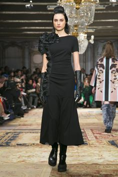 A look from the Antonio Marras Fall 2015 RTW collection.