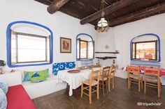 Un endroit où il faut avoir le temps d en profiter - Review of Koutsounari Traditional Cottages, Koutsounari - TripAdvisor Hotel Staff, Cottage, Modern Design, Relax, Traditional, Contemporary, Bed, Furniture, Home Decor