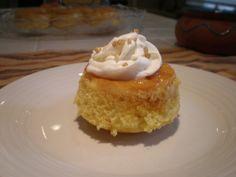 Flan Cupcakes #dessert #cupcakes