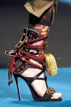 Stunning heels of Dsquared2 F/W 16-2017 fashion show