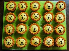 Lion Cupcakes / Monkey Cake, Jungle Animal 3rd Birthday Party — Children's Birthday Cakes