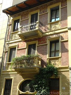Via Peyron Torino. Best Places In Europe, My Town, Turin, Art Nouveau, Stairs, Windows, Mansions, House Styles, City
