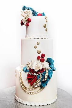 Here is another breathtakingly beautiful collection of eye-catching wedding cake inspiration we hand-picked for you from around web. Amazing Wedding Cakes, Unique Wedding Cakes, Unique Cakes, Amazing Cakes, Pretty Cakes, Beautiful Cakes, Cupcakes, Cupcake Cakes, Fancy Desserts