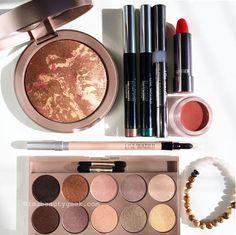 A selection of Lise Watier Rivages Summer 2015 makeup handmade bracelet by Melanie Audrey Summer Makeup, Beauty Stuff, Makeup Trends, Makeup Collection, Summer 2015, Handmade Bracelets, Beauty Secrets, Blush, Make Up