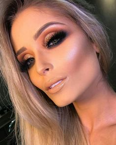 15 Fall/Winter Beauty Trends To Try in 2019 Glam Makeup Look, Beauty Makeup, Makeup Looks, Hair Makeup, How To Make Hair, Eye Make Up, Makeup Inspo, Makeup Inspiration, Lip Makeup Tutorial