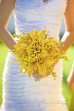 yellow wedding flower bouquet, bridal bouquet, wedding flowers, add pic source on comment and we will update it. www.myfloweraffair.com can create this beautiful wedding flower look.    allyson magda photography