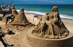 La Piedad, quite impressive. Some sand art/sculpture photos from Puerto Vallarta I've found online. More on the malecon: http://www.puertovallarta.net/what_to_do/ #vallarta #puertovallarta #mexico #sandart