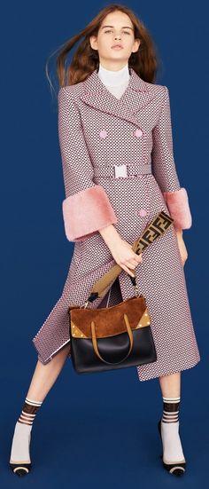 4c769bcd74 12 najlepších obrázkov na tému Zimné dámske kabáty