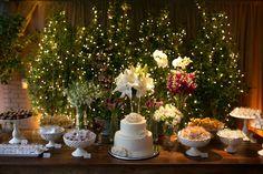 Decoração apaixonante de casamento à noite, cheio de luz!
