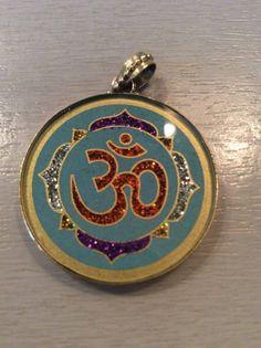 1 Mandala Anhänger aus Indien Kette Schmuck Bollywood Hippie Goa Glas 3cm n14