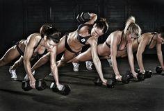 Mejora tu forma física gracias a los manmakers, uno de los ejercicios más completos que existen